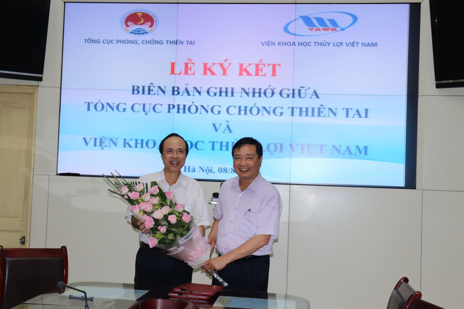 Lễ ký kết biên bản ghi nhớ giữa Tổng cục Phòng chống thiên tai và Viện Khoa học Thủy lợi Việt Nam